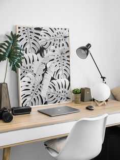 This high-quality MONSTERA modern boho printable wall art is available to download immediately upon purchase by Little Gold Pixel