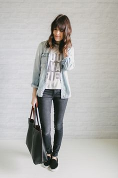 loose long sleeve over t-shirt + skinny jeans + slip on sneakers + tote bag