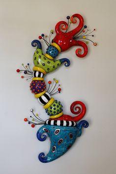 Moni Blom – An artist in Clay and Fine art Rock Crafts, Clay Crafts, Arts And Crafts, Totem Pole Art, Ceramic Wall Art, Wow Art, Pottery Designs, Clay Projects, Yard Art