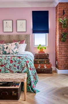 The chic Pineapple House Boutique Hotel in Sea Point will offer lots of décor inspiration if you're thinking of revamping your home! Olive Boutique Hotel, Boutique Hotel Mykonos, Boutique Hotel Bedroom, Boutique Hotels London, Small Boutique Hotels, Hotel Lounge, Ace Hotel, Art Deco Hotel, Vanessa Jackman