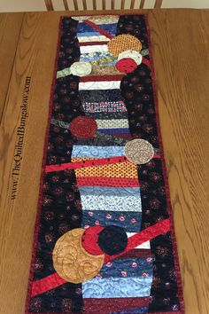 Contemporary Table Runners, Modern Table Runners, Quilted Table Runners, Contemporary Wall Art, Table Toppers, Hand Stitching, Summer Time, Bungalow, Applique