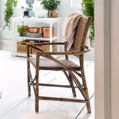 Show off your love of refined elegance and style with the Nova Solo Wickerworks Countess Dining Chair - Set of 2 . Crafted from hand-woven Kabu rattan. Rattan Dining Chairs, Dining Chair Set, Dining Tables, Dining Room, Oak Furniture House, Furniture Sets, Nova, Living Room Styles, Walnut Table