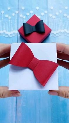 Diy Gift Box, Easy Diy Gifts, Diy Crafts For Gifts, Easy Crafts, Paper Gift Box, Handmade Gifts, Cool Paper Crafts, Paper Crafts Origami, Diy Paper