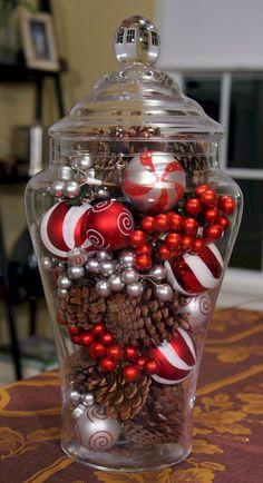 Adorable 80 DIY Christmas Home Decor Ideas https://roomodeling.com/80-diy-christmas-home-decor-ideas