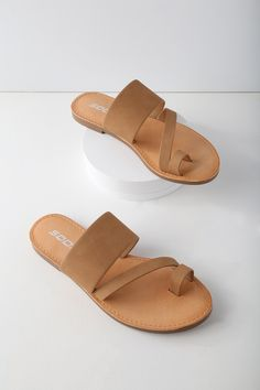 The Avena Light Tan Flat Sandals make your farmer's market trek extra cute! A wide, vegan leather band, slender band, and toe loop make up these minimalist-chic sandals. Slide-on design. Gold High Heel Sandals, Toe Ring Sandals, Tan Flats, Cute Sandals, Flat Sandals, Cute Shoes, Me Too Shoes, Shoes Sandals, Slipper Sandals