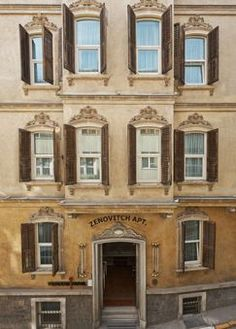 Places: The House Hotel, Galatasaray, Istanbul, Turkey :: This Is Glamorous The Places Youll Go, Places To Go, Places To Travel, Travel Destinations, Hotels In Turkey, Istanbul Hotels, Travel Design, Most Visited, Best Hotels
