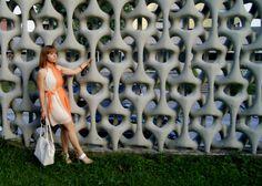 I love this orange dip dye chiffon dress. It makes me always good mood, and it's really fine to wear a light material like this on hot days. – Nagyon szeretem ezt a narancs. Dip Dye, Good Mood, Summer Dresses, Orange, My Style, Fashion Tips, China, Summer Sundresses, Sundresses