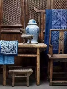 Come with us and find the world of the best interior designers in Asia! Get the best home decor insp Decor, Asian Interior Design, Asian Furniture, Chinoiserie, Chinese Decor, Wabi Sabi, Home Decor, Chinese Furniture, Asian Interior