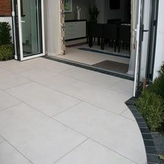 Pennine Alston porcelain tiles are part of the Pennine collection.A remarkable stone porcelain based on natural stone and very realistic Garden Slabs, Garden Tiles, Patio Slabs, Patio Tiles, Garden Floor, Garden Paving, Concrete Patio, Limestone Patio, Pool Paving