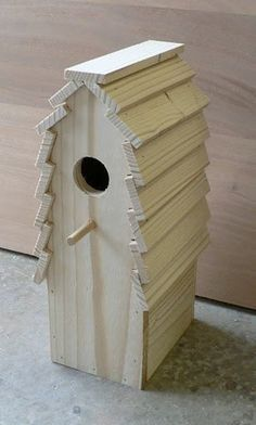 Wooden Birdhouse Nuthatch Nook by TheBirdShackShop on Etsy Homemade Bird Houses, Bird Houses Diy, Wooden Bird Houses, Martin Bird House, Bird House Plans Free, Bird Boxes, Barn Wood, Wood Projects, Outdoor Decor