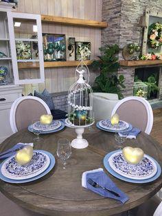 Gorgeous springtime table setting.