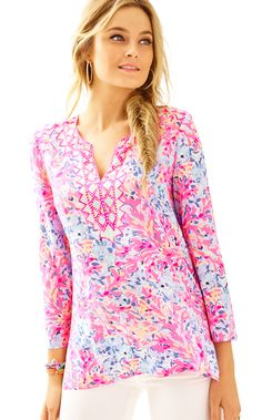 60d29b033c55 The Renato Tunic - Coco Coral Crab has everything you love about a Lilly  tunic  it s printed a
