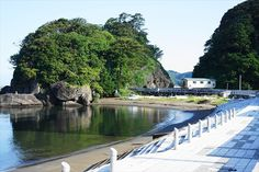 Shio_Katsuo in Nishi-izu. A symbol of the town which once flourished in the bonito fishing industry Japanese Travel, Best Sunset, Izu, Fishing Villages, Flourish, Traditional, Products, Bonito, Gadget