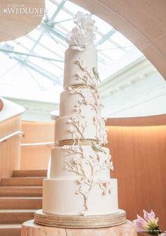 Jennifer+Lopez+Wedding+Cake   Skyscraper Wedding Cakes   Calligraphy by Jennifer