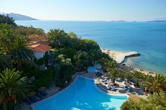 5* Luxury Holiday at Eagles Palace Hotel & Spa in Halkidiki, Greece from £549pp with free room and board basis upgrade.