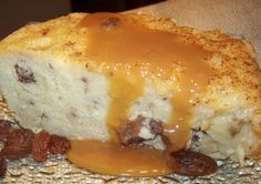 New England Bread Pudding - Bread Recipes Sweet Bread Pudding Recipe, Savory Bread Puddings, Bread And Butter Pudding, Pudding Recipes, Bread Recipes, Rice Puddings, Great Desserts, Frozen Desserts, Hot Desserts