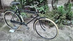 Raleigh varsity classic womens 0 0 pinterest for Garage meca nico virignin