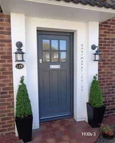 New Ideas for contemporary front door design ideas Cottage Front Doors, Victorian Front Doors, Front Door Porch, House Front Door, Front Door Planters, Black Planters, Cottage Door, Porch Uk, Georgian Doors