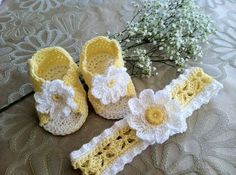 -Crochet Pattern for Baby Booties and Headband, Daisy Booties Sandals #lovely kid #baby girl #cute kid