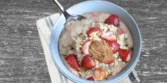 Strawberry & Almond Butter Oatmeal