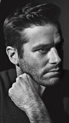 Look at Armie Hammer. Armie Hammer, Most Beautiful Man, Gorgeous Men, Roi Charles, Hommes Sexy, Romance, Male Face, Hairy Men, Male Beauty