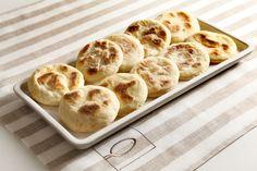 Tigelle ricetta Apple Pie, Bread Recipes, Italian Recipes, Oreo, Pizza, Snacks, Cooking, Breakfast, Desserts
