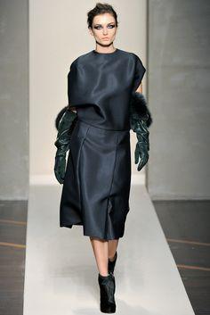 Gianfranco Ferré Fall 2012 Ready-to-Wear Fashion Show - Andreea Diaconu