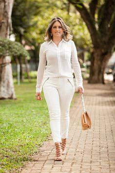 #modanotrabalho#fashionatwork#. Outro look branco total trazendo elegância.