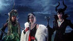 'Once Upon a Time' es una de las propuestas en antena de la cadena ABC. Como ya nos tiene acostumbrados, siguiendo el esquema de las temporadas anteriores, introdujeron nuevos personajes usando un cuento en concreto. La elegida fue uno de los últimos grandes éxitos de Disney 'Frozen'.  En el episodio 12 'Heroes and Villains' despediremos a los personajes de Frozen y harán su aparición tres nuevos iconos del mundo de los cuentos: Maléfica, Úrsula y Cruella de Vil.