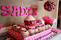 Minnie mouse and zebra 1st Birthday cupcake display