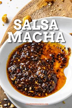 Salsa Macha Recipe - This Mexican salsa macha recipe is the perfect condiment, made with crispy bits of toasted chili peppers, garlic, peanuts and sesame seeds in oil. Spoon it over everything! Mexican Salsa Recipes, Mexican Breakfast Recipes, Mexican Dishes, Mexican Chili Oil Recipe, Salsa Alfredo Receta, Dips, Hot Sauce Recipes, Spicy Recipes, Pasta Recipes