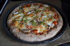 Home made stuffed crust veggie vegetarian pizza Vegetarian Pizza, Quiche, Veggies, Homemade, Breakfast, Ideas, Food, Morning Coffee, Veggie Pizza