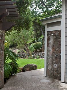 Outdoor Shower. This outdoor shower has a natural feel. #OutdoorShower