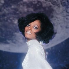 Dazzling us with a simple smile. | 26 Photos Proving Diana Ross Invented The Concept Of Fierce