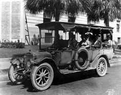 The Tampa-Clearwater bus line (1919). | Florida Memory