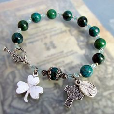 Irish Catholic Rosary Bracelet Green Shamrock by GracefulRosaries