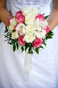 97 Best Buchete Mireasa Images Bouquets Bridal Bouquets Hot Pink