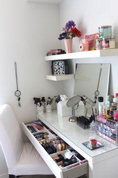 5 Cute DIY Makeup Organizer Ideas