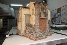 Mountain Village, Miniature Houses, Book Nooks, Miniture Things, Dollhouse Furniture, Scale Models, Sculpture Art, Lanterns, 1