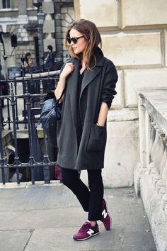 Уличный стиль: кроссовки+пальто / Мода / trendy