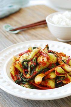 Baby bok choy kimchi salad-amazing Korean home cooking website! Asian Recipes, Healthy Recipes, Ethnic Recipes, Asian Foods, Hawaiian Recipes, Indonesian Recipes, Orange Recipes, Bok Choy Recipes, Korean Bok Choy Recipe