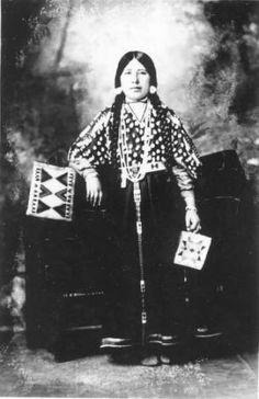 Elizabeth Tababoo :: National Park Service (NPS) Nez Perce Historic Images Collection
