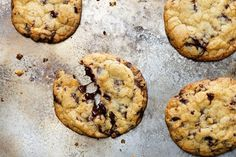 How to Make the Best Chocolate Chip Cookies You've Ever Eaten (in 5 Easy Steps) Favorite Cookie Recipe, Best Cookie Recipes, Popular Recipes, Favorite Recipes, Sweet Recipes, Fun Recipes, Delicious Recipes, Baking Recipes, Keto Recipes