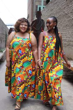 South Africa's home of modern African print fashion. South African Traditional Dresses, African Traditional Wedding, African Print Fashion, Fashion Prints, Brown Summer Dresses, Dress Websites, African Maxi Dresses, Types Of Dresses, Percussion