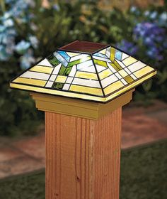 TIFFANY-STYLE-SOLAR-LAMP-POST-CAP-LIGHT-OUTDOOR-GARDEN-FENCE-DECK-PORCH-PATIO
