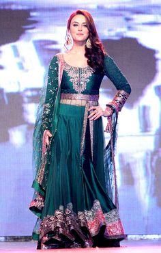 Preity Zinta walks the ramp at designer Manish Malhotra's fashion show. #Style #Bollywood #Fashion #Beauty