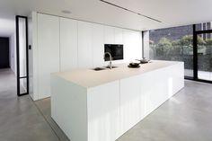 Kitchen Island With Sink, Cuisines Design, Minimalist Kitchen, Living Room Kitchen, Interior Design Kitchen, Sweet Home, New Homes, House, Home Decor