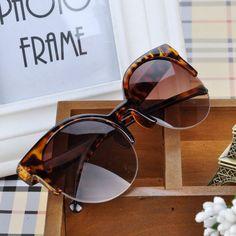 Retro cat woman style fashion leopard sunglasses