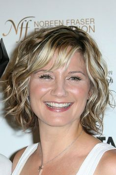 Jennifer Nettles at the Stand Up To Cancer event at Kodak Theater in Hollywood, CA on September Braids For Long Hair, Short Curly Hair, Curly Hair Styles, Messy Bob Hairstyles, Summer Hairstyles, Summer Haircuts, Cut My Hair, New Hair, Jennifer Nettles Hair