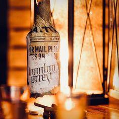 Heizt zum Fest ein und macht verflucht schnell gemütlich  Voodoo Priest geschmackvoll in Szene gesetzt von @studio23.de_public     Letzter Versandtag in diesem Jahr: 19. Dezember 2019   Erster Versandtag im neuen Jahr: 6. Januar 2020     #studio23public #copperandbrave #weihnachten Voodoo Priest, Jack Daniels Whiskey, Volcano, Whiskey Bottle, Rum, Drinks, Year 6, December, Scene